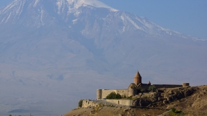 Best things to do in Armenia - Khor Virap